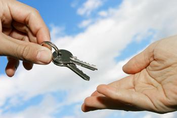 Deducción autonómicas en la adquisición de vivienda habitual - INEAF