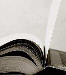 El IVA de los libros impresos es del 4%, mientras que el de los libros digitales es del 21%