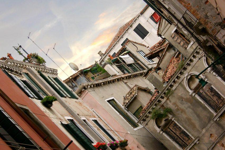 Hipotecas unilaterales a favor del Tesoro Público y AJD - INEAF