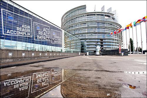 El Parlamento Europeo apuesta por los deudores hipotecarios - INEAF